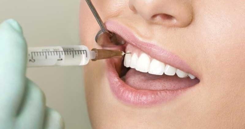 عفونت دندان زمانی اتفاق می افتد که باکتری های در داخل دندان، لثه ها و بافت اطراف آن پخش می شوند.