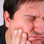 عفونت ایمپلنت و دردناکی آن را جدی بگیرید