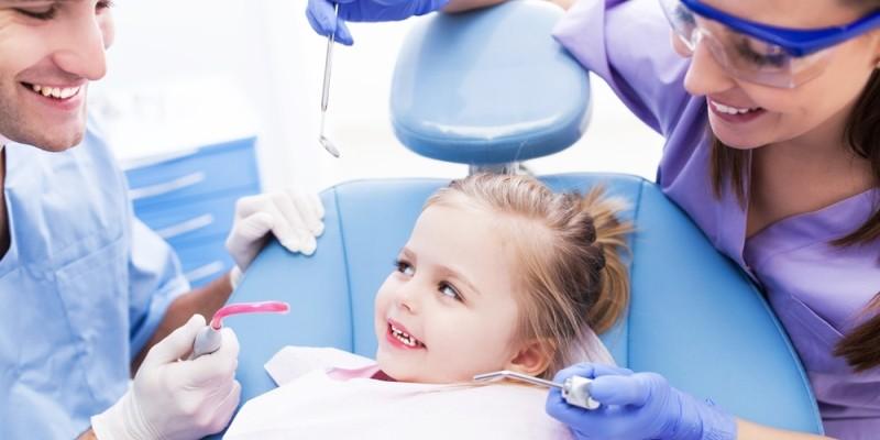 خدمات دندان پزشک کودک