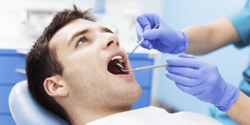 متخصص بیماری های دهان